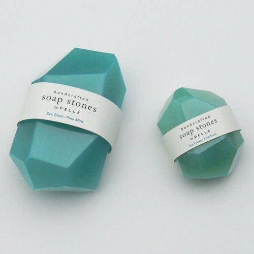 Jabones en forma de piedras preciosas