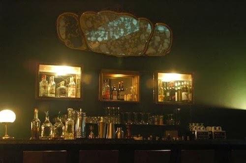 Vista interior de Doppel Bar
