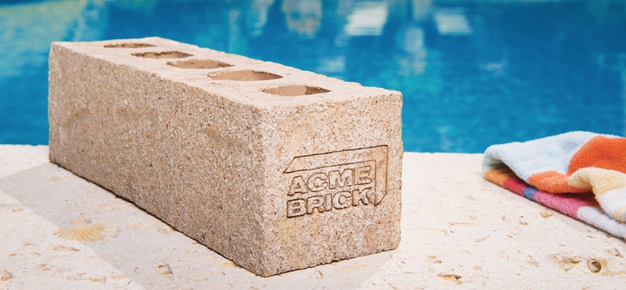 Acme brick piscina