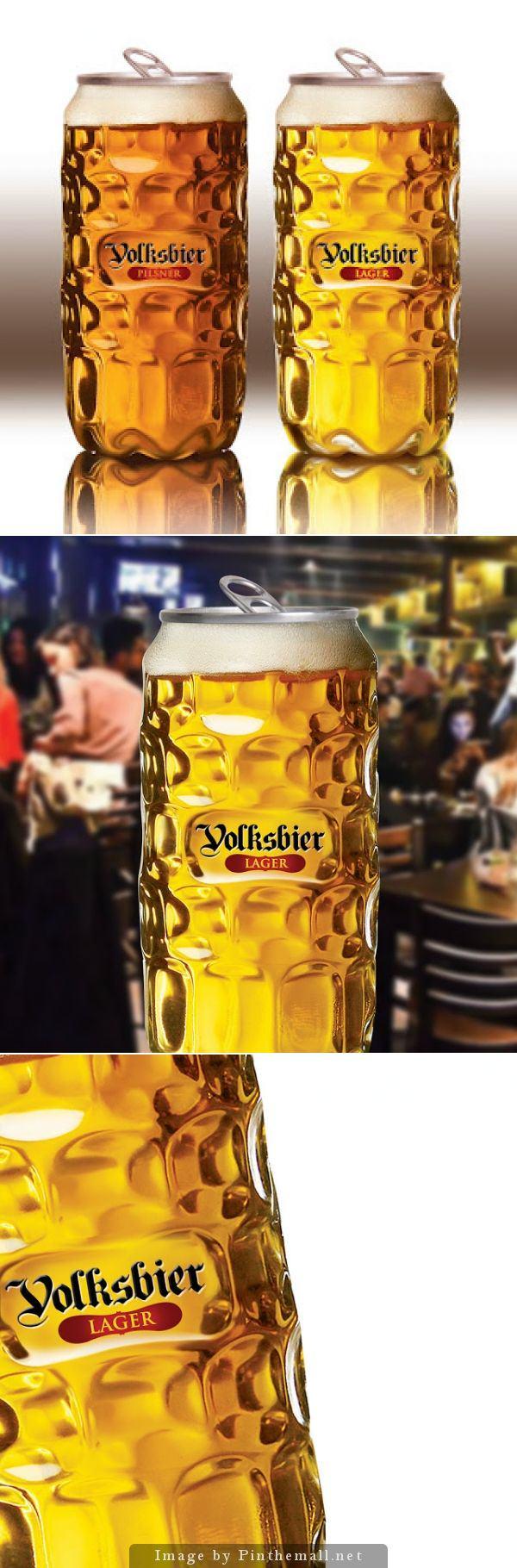 Lata de cerveza que representa su consumo en vaso