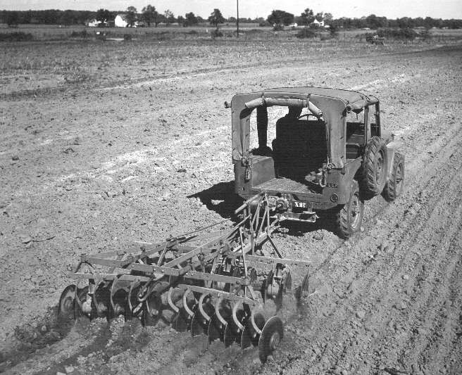 Jeep tractor
