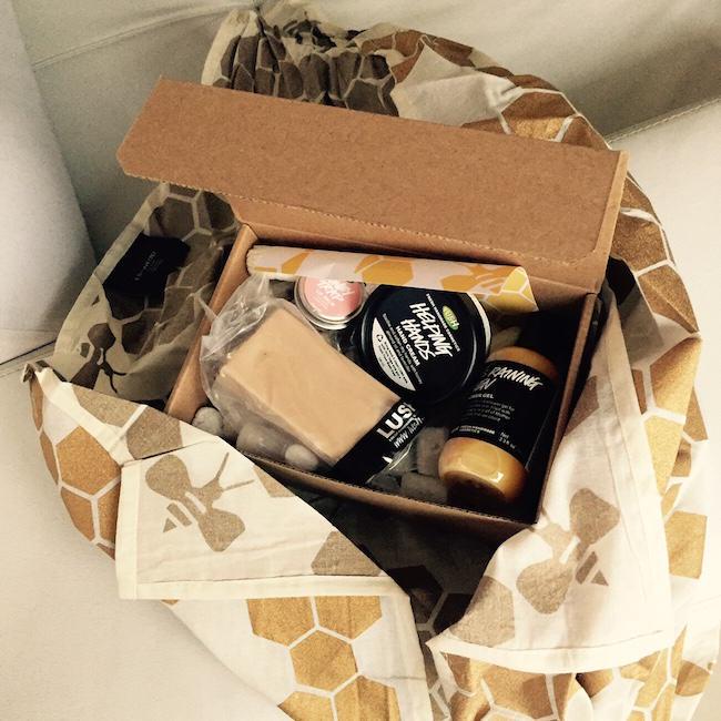 Lush Productos empacados con tela reutilizable