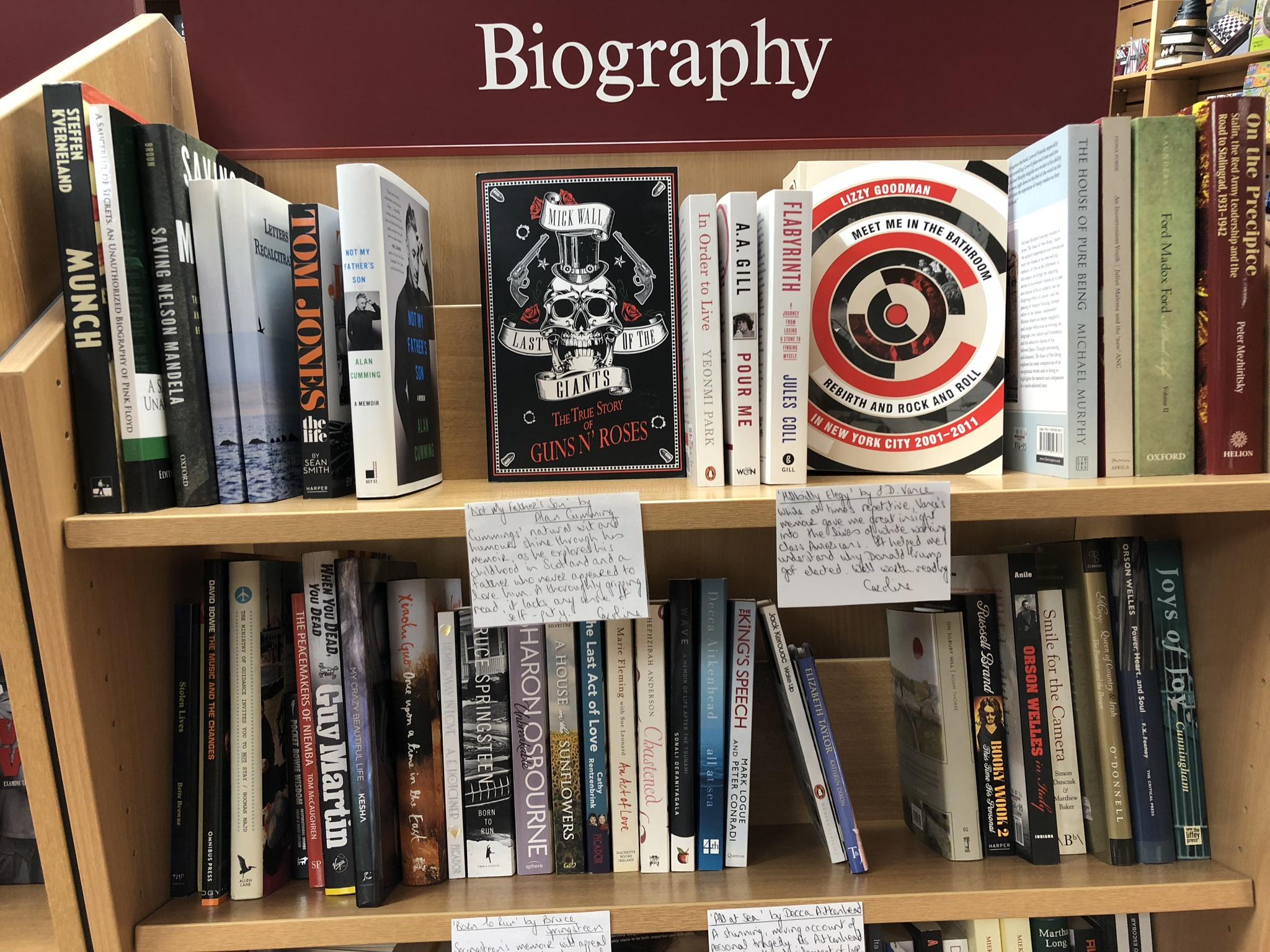 Notas a mano en libreria 2