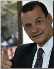 Ramiro Parias Coach